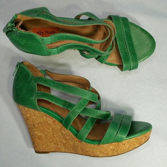 7d2d51e0d004 Miz Mooz Kiara Cork Wedge Sandals 9. M 5b6768b5c2e9fe040cc6f4ca